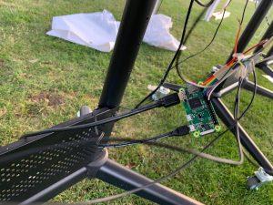 Raspberry PI Zero W forbundet til knapper, skærm og strøm